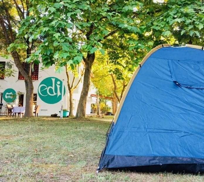 Bay Edi Kamp Karavan Alanı